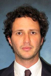 Dr. Rodrigo Amezcua Correa