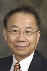 Dr.  Shin-Tson Wu